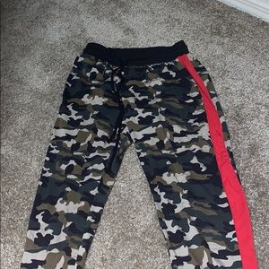 Size small army jogger pants